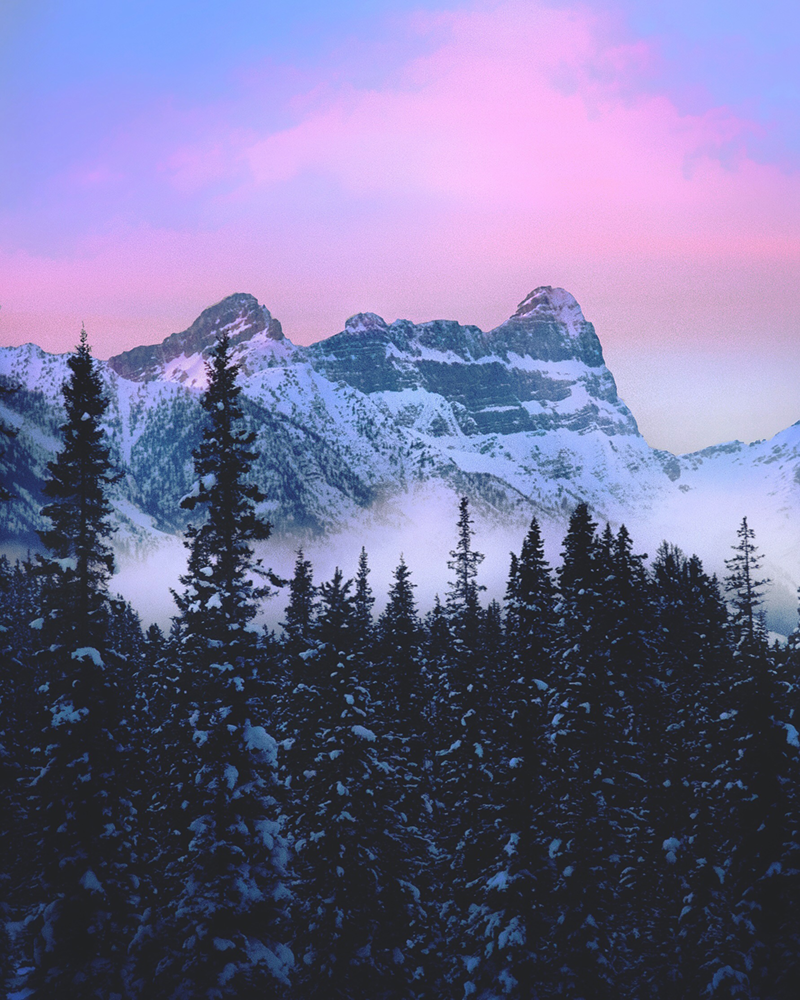 Lake Louise Sunset in the Mountains