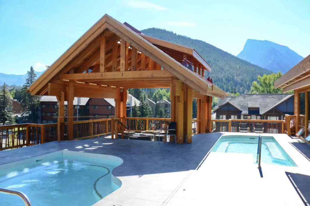 Moose Hotel & Suites, Banff Alberta Where to Stay